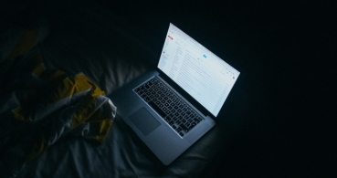 Evita el caos organizando tu bandeja de correo electrónico de forma fácil