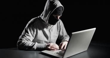 Circula un evento en Facebook que ofrece falsas ofertas en Ray-Ban