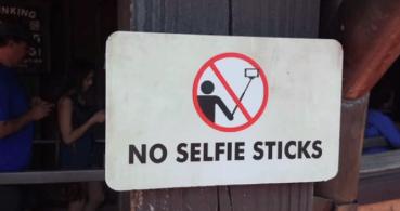 Un palo selfie salva a una joven de morir ahogada