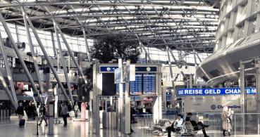 Problemas en los aeropuertos por una caída informática en el check in