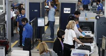 Smartphones y portátiles serán revisados si volamos a Estados Unidos