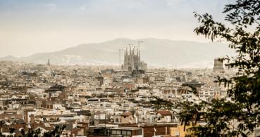 No compartas imágenes de Barcelona en redes sociales: comparte gatos