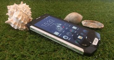 Review: Blackview BV8000 Pro, un smartphone que resiste agua, polvo y caídas