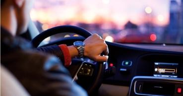 Uber y Cabify dejan de funcionar temporalmente en Barcelona