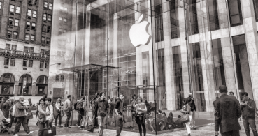Apple es la primera empresa del mundo con un valor de 1 billón de dólares