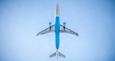 Cómo activar la reacción de avión en Facebook