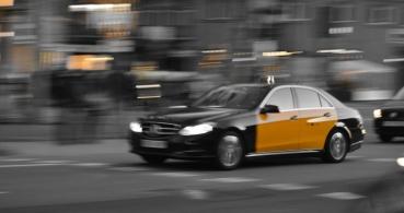 """Los taxistas reclaman el """"cierre"""" de Uber y Cabify"""