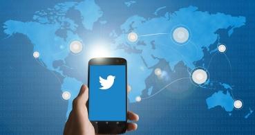 Twitter ya permite hacer retweets con GIFs, fotos y vídeos