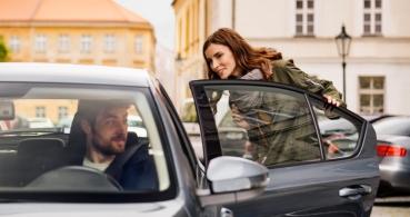 Uber grabará las conversaciones y sonidos durante los viajes