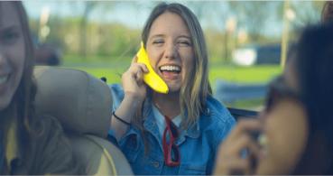Banana Phone, el auricular que parece un móvil con aspecto de plátano