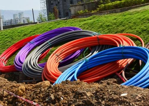 fibra-optica-colores-720x476