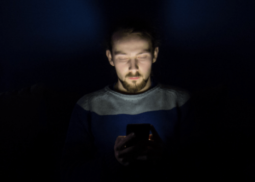 smartphone-noche-720x388