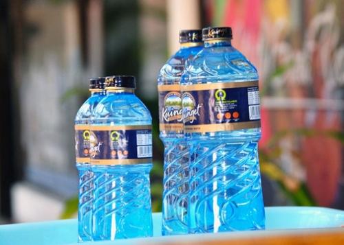 bulo-botellas-agua-720x360