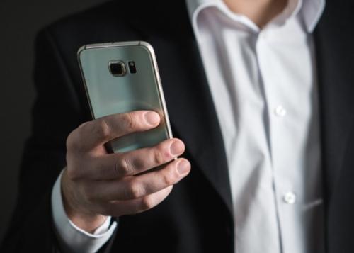 telefono-movil-ejecutivo-720x359