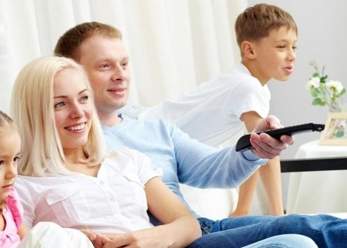 television-internet-familia-720x360