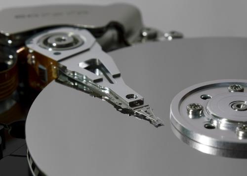 Cómo solucionar el uso excesivo de disco duro en Windows 10