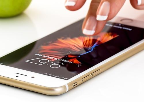 iphone-6-1300x650