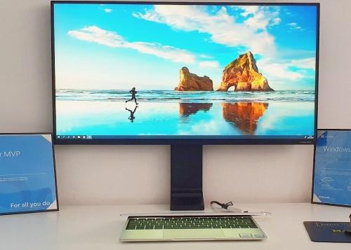 Review: Samsung Space Monitor, el monitor 4K que no ocupa espacio en tu mesa