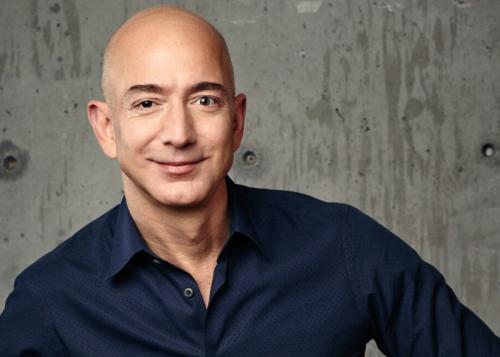 Jeff Bezos, fundador de Amazon, habría sido hackeado en WhatsApp por el príncipe saudí