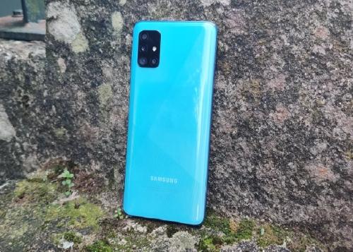 Review: Samsung Galaxy A51, una evolución demasiado ligera