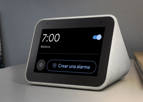 ¡Chollo! Lenovo Smart Clock, una pantalla inteligente con Google Assistant por solo 38 €