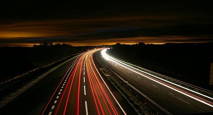 highway-216090_640-720x389