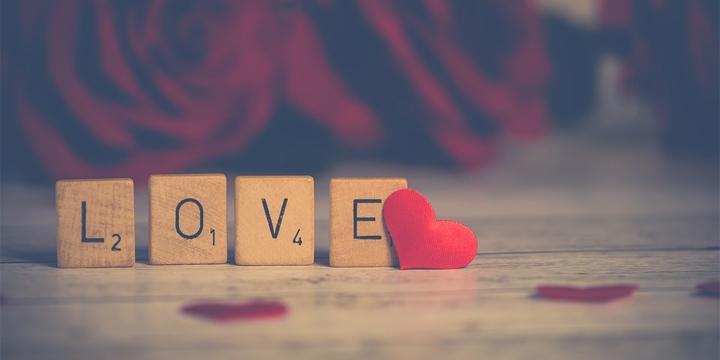 poemas-de-amor-720x360
