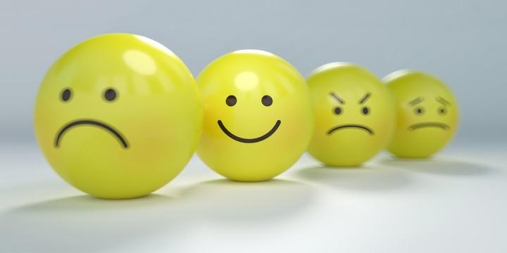 emojis-1300x650