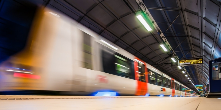 parada-metro-estacion-1300x650