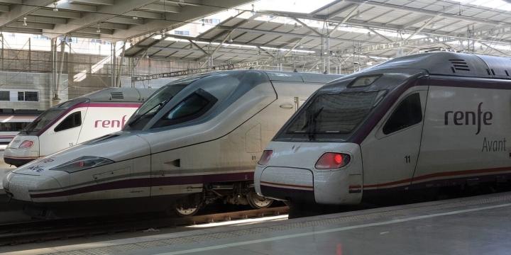 trenes-renfe-ave-1300x650