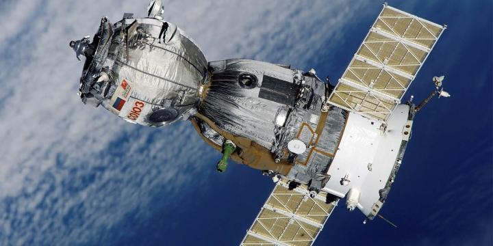 satelite-1300x650