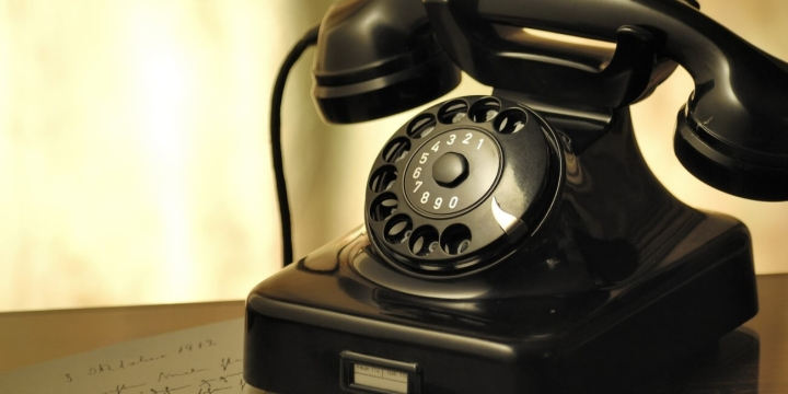 telefono-1300x650