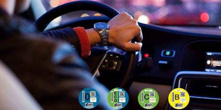 etiqueta-medioambiental-coches-1300x650