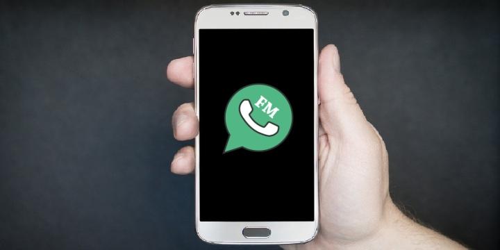 fmwhatsapp_smartphone-1300x650