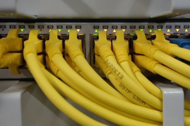 network-cables-499792_1280-050515