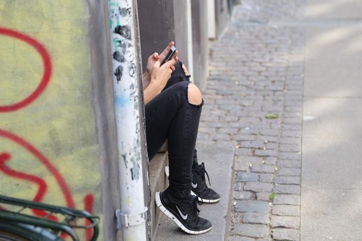 smartphone-chica--720x479