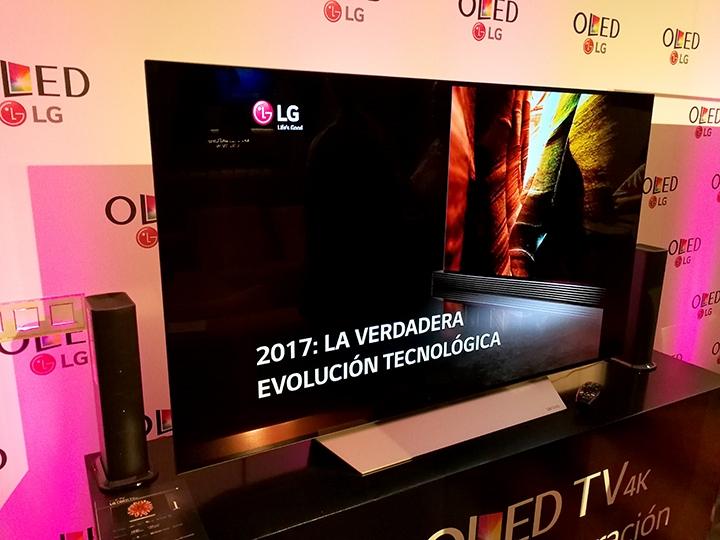 presentacion-televisor-lg-signature-edition-720x540