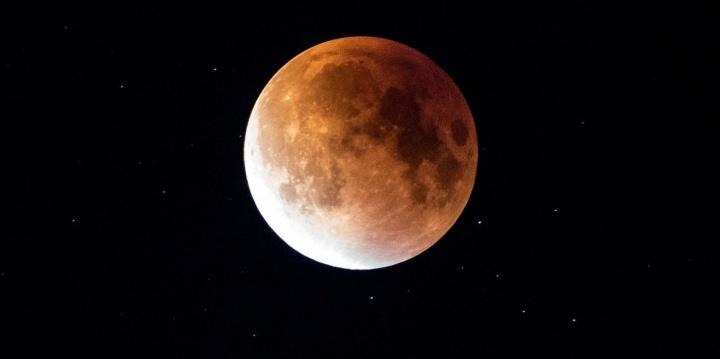 lunar-roja-eclipse-720x359