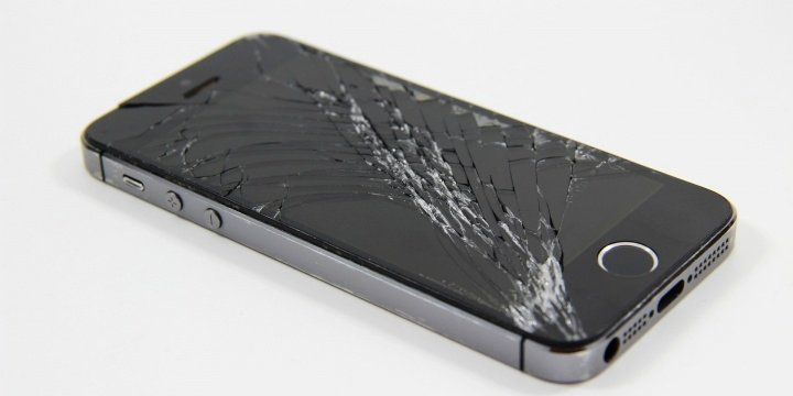 smartphone-pantalla-rota-720x360