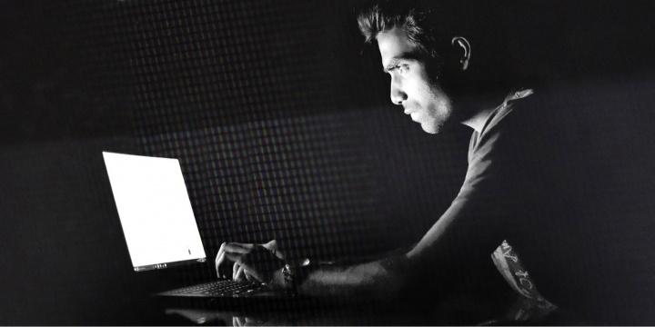 hacker-pirata-informatico-720x360