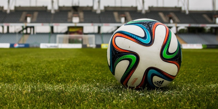 balon-futbol-1300x650