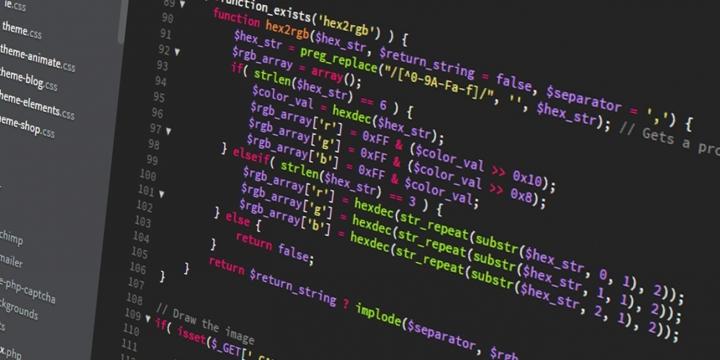 codigo-programa-1300x650