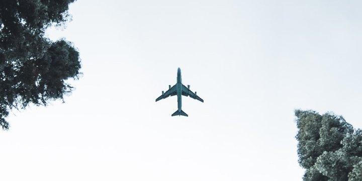 whatsapp-gratis-avion-1300x650