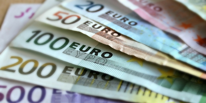 banco-euros-dinero-1300x650