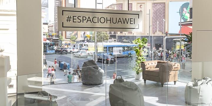 espacio-huawei-madrid-1300x650