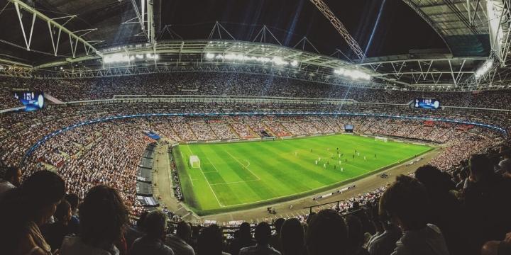 estadio-futbol-partido-1300x650