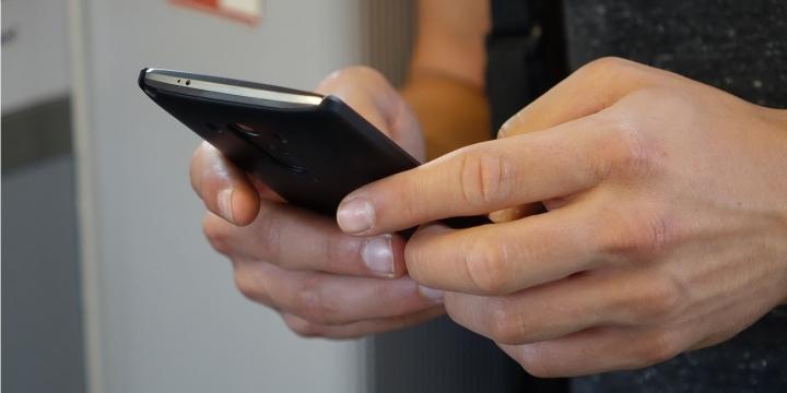 smartphone-apps-1300x650