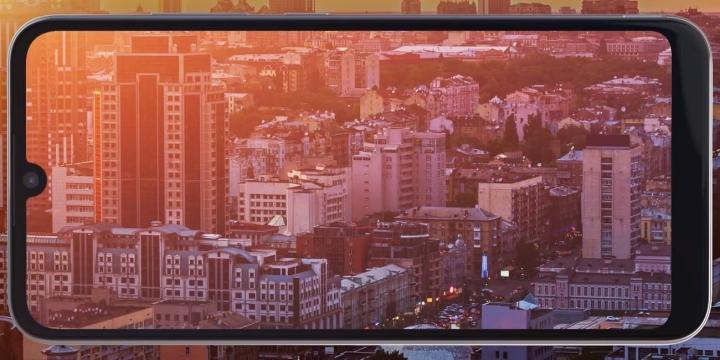 motorolae6plus-pantalla-1300x650