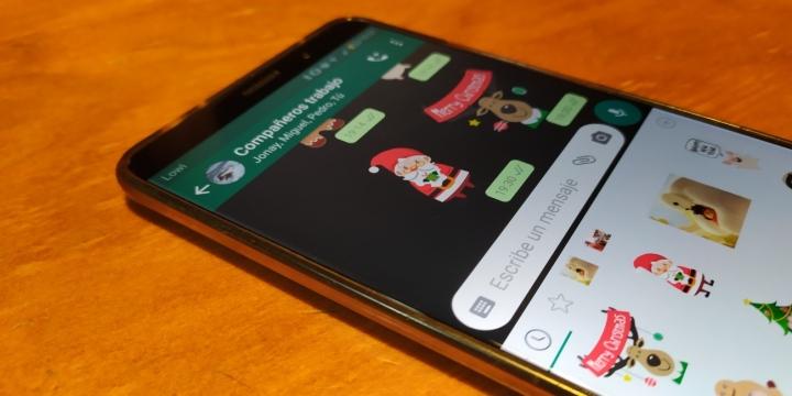 stickers-navidad-whatsapp-1300x650