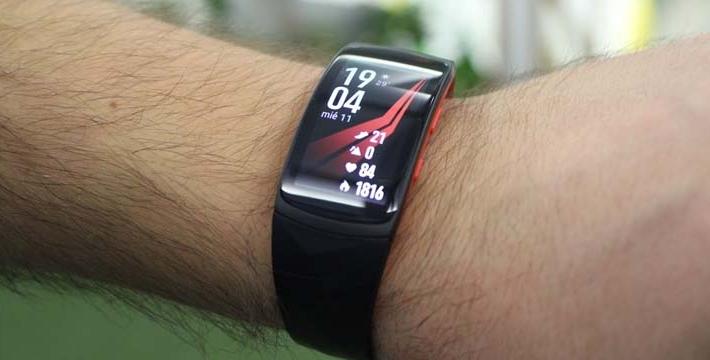 Review: Samsung Gear Fit 2 Pro, la pulsera inteligente para el uso diario